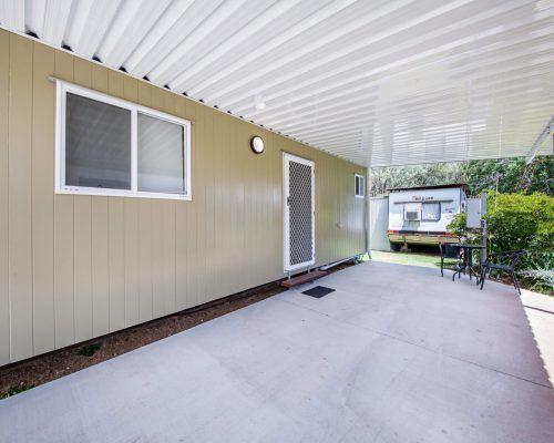 one-bedroom-with-carport-3