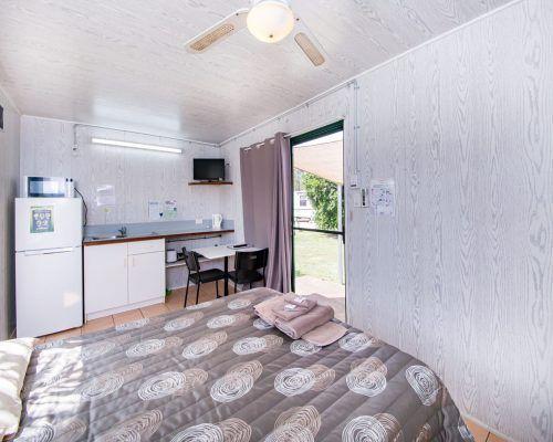 standard-cabin-5